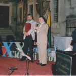 Emilio Speciale premia il M° Pennisi - 1998