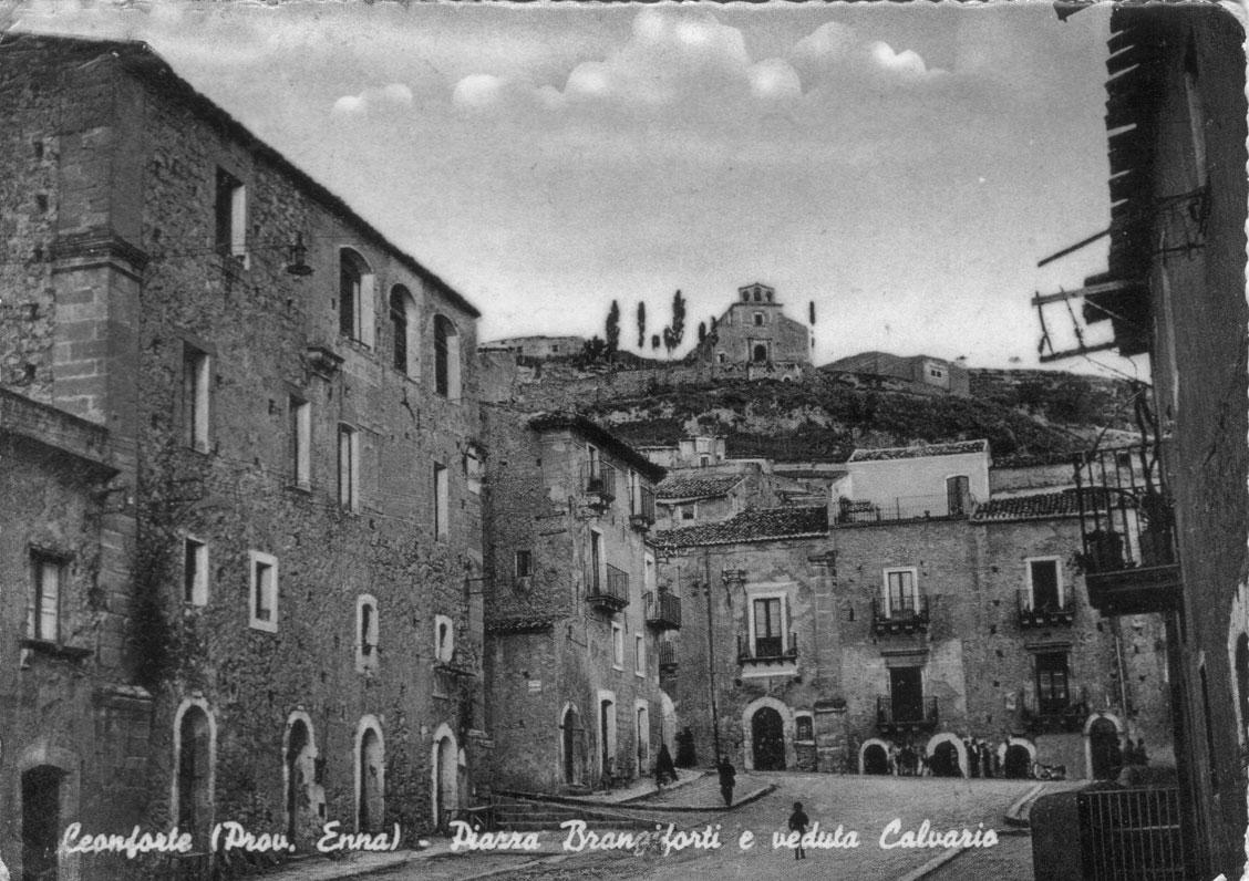 Piazza Branciforti e Santa Croce