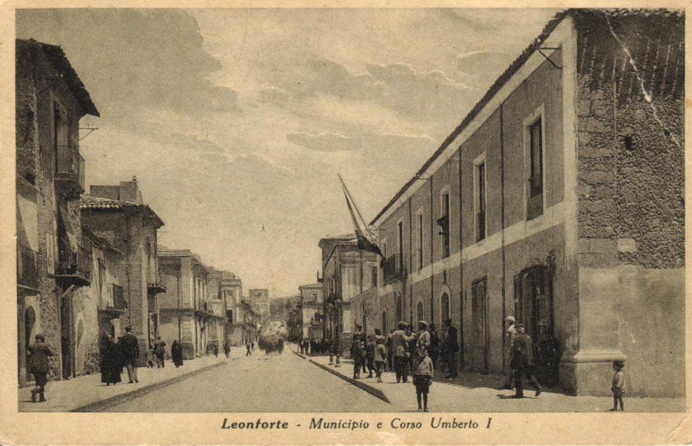 Municipio e Corso Umberto I